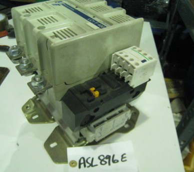 Telemecanique LC1F400 - 3 Pole Contactor with Coil